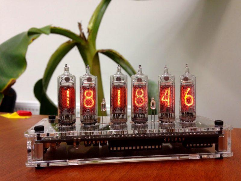 In-16 Nixie Tube Clock KIT DIY. Transparent plexiglass case.